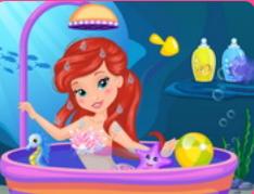 Bebek Ariel'in Duş Eğlencesi