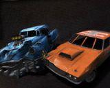 Çarpışan Arabalar Arenada