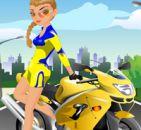 Motorcu Kızı Giydir